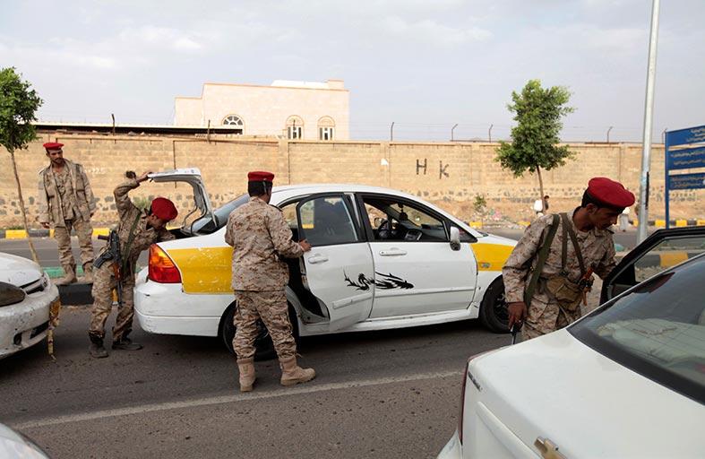 وساطة توقف مواجهات الجيش اليمني والحوثيين