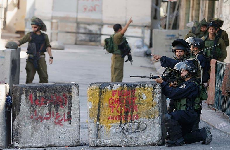 مئات الجنود الإسرائيليين يؤيدون الانتهاكات بحق الفلسطينيين
