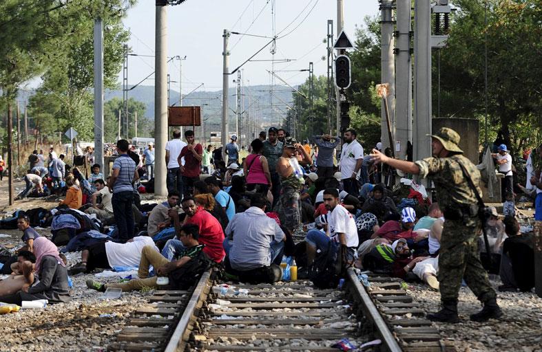 خبراء أوروبيون يستبعدون تسلل متشددين بين المهاجرين