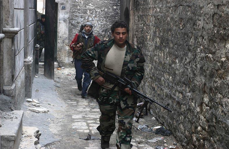 مقتل العشرات من قوات الأسد في عدة جبهات