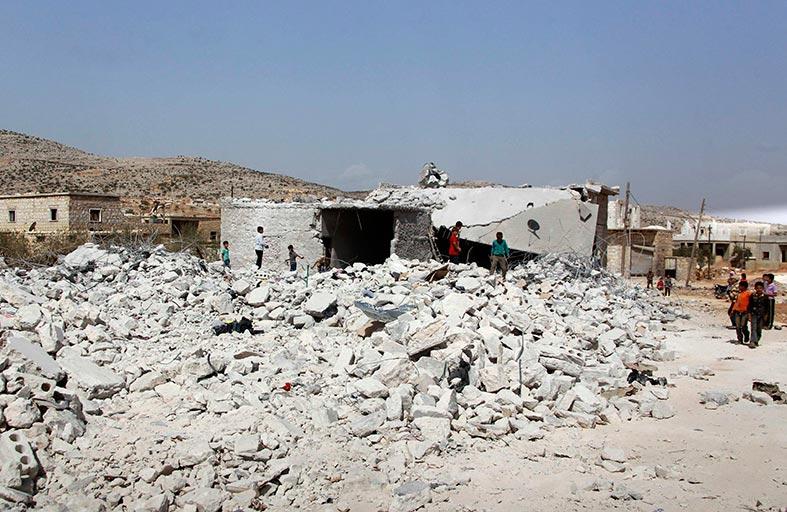 التحالف الدولي يدك مواقع داعش في سوريا والعراق