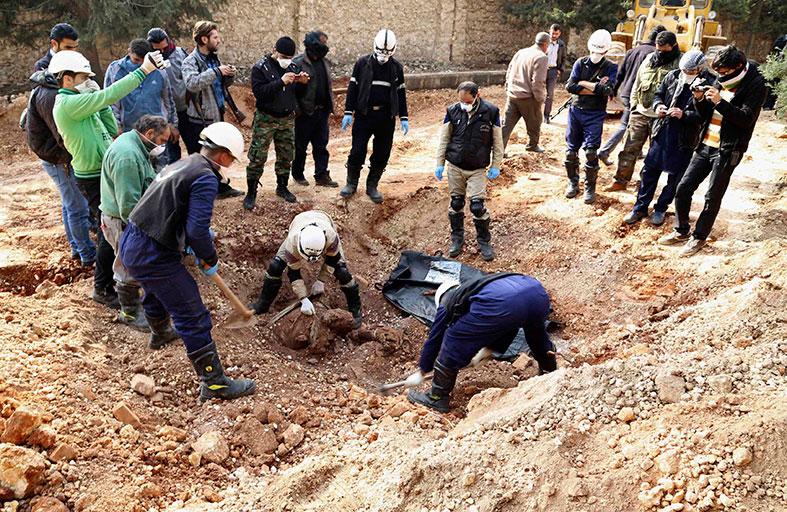القاعدة تتقدم في ريف حلب وتعدم معارضين بالرقة