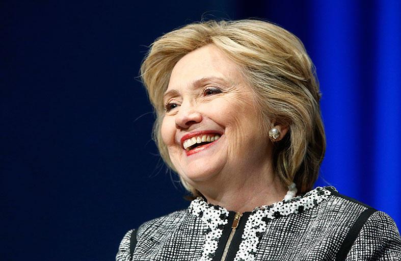 كلينتون: هجوم بنغازي يحفزني للترشح إلى الرئاسة