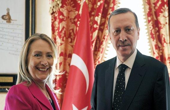 هل تخرج تركيا من الناتو إذا فازت كلينتون؟