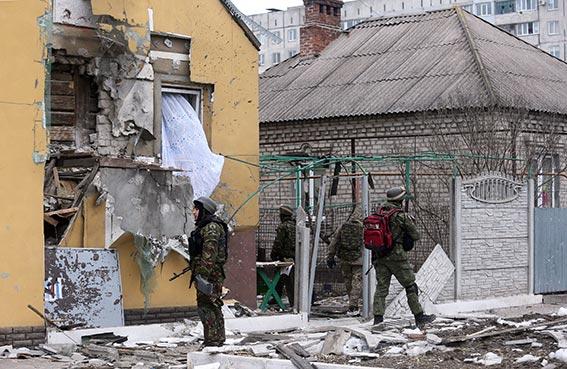 اوكرانيا تستعد للرد على قتل الانفصاليين 30 مدنياً