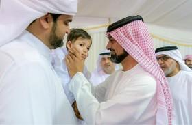 حاكم عجمان يقدم واجب العزاء بشهيد الوطن سمير محمد مراد أبو بكر