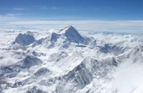 فقد 7 متسلقين بعد انهيار جليدي في نيبال