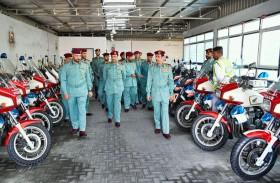 قائد عام شرطة عجمان يؤكد ضرورة تعزيز سرعة الاستجابة للجمهور