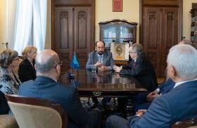 حاكم الشارقة يلتقي رئيس جامعة ياجيلونسكي البولندية