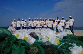 حملة نظفوا الإمارات تصل أم القيوين محطتها الثانية