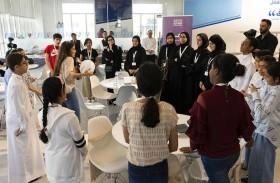 الشارقة للصحافة يدرب 25 طالبا على العمل الإعلامي