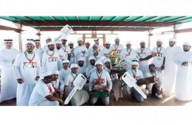 زايد بن حمدان بن زايد يتوج الفائزين في سباق دلما التاريخي للمحامل الشراعية