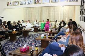 رواق عوشة بنت حسين الثقافي ينظم محاضرة حول العملات الالكترونية الجديدة