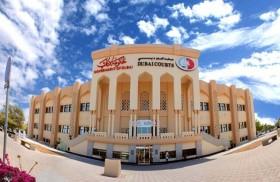 محاكم دبي تطلع على أفضل الممارسات في أنظمة انتظار المتعاملين في بلدية دبي