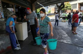 غوايدو يعلن مساعدات بـ20 مليون دولار لمواجهة كورونا