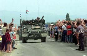 كوسوفو تحيي ذكرى انتهاء الحرب
