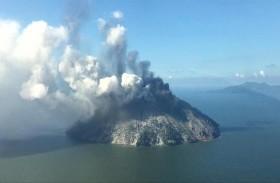 عمليات إجلاء من جزيرة في بابوا غينيا بسبب بركان