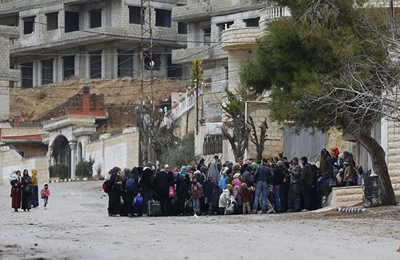 تحذيرات من استمرار حصار أكثر من مليوني سوري