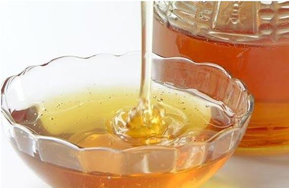 العسل يقوي الذاكرة ويساعد على النوم