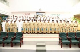 شرطة دبي تنظم ورشة توعوية للموظفين حول القوانين الخاصة بالعمل