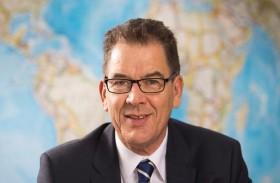 وزير ألماني يحذر من موجات لجوء جديدة بسبب كورونا