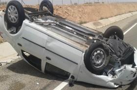 لن تصدق كيف نجا السائق من هذا الحادث
