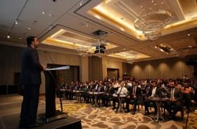 «400 «من المسؤولين ورجال الأعمال يحضرون فعاليات أسبوع التجارة والاستثمار الإماراتي الفيتنامي