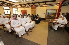 مدير عام محاكم دبي يلتقي بالموظفين الجدد خلال عام 2017