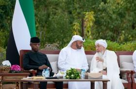 محمد بن زايد: رؤية الإمارات ونهجها يقوم على إعلاء القيم الإنسانية