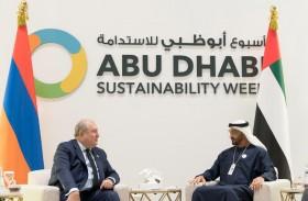 محمد بن زايد يلتقي عددا من رؤساء الدول المشاركين في أسبوع أبوظبي للاستدامة