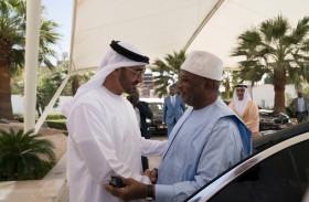 محمد بن زايد يبحث مع رئيس مالي علاقات التعاون والمستجدات الإقليمية والدولية