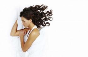 تعرف على مميزات وعيوب طرق النوم المختلفة