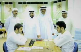 سعود المعلا يدشن الجولة الثالثة لبطولة الإمارات للشطرنج