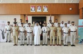 وفد من شرطة دبي يطلع على التجارب المتميزة لـ «مجتمعية أبوظبي»