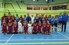 طالبات أمريكية دبي تفوز ببطولة الجامعات بكرة الطائرة