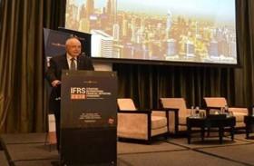 أبوغزالة يدعو المجتمع المحاسبي الدولي إلى التحول المعرفي