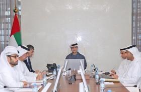 لجنة شؤون الخبراء في قضاء أبوظبي تنظر في طلبات قيد 5 خبراء