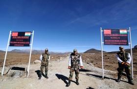 الصين تعزز قواتها على الحدود مع الهند