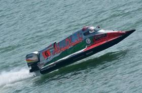سلطان بن خليفة يهنئ فريق أبوظبي على صدارة بطولة العالم لزوارق الفورمولا1
