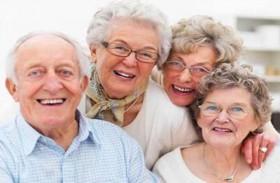 متى يشعر العجوز بأنه أصغر سنا؟