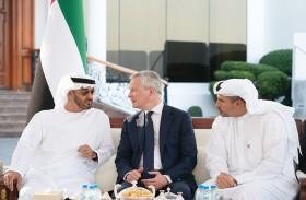 محمد بن زايد يبحث مع وزير المالية الفرنسي علاقات التعاون الاستراتيجي بين البلدين