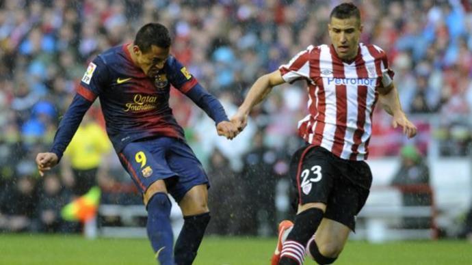 ريال مدريد يفوز وبرشلونة يتعادل في الليغا