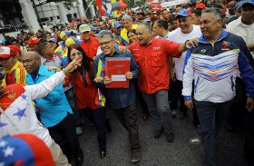 رئيس فنزويلا يطلق المسيرة المثيرة للجدل لتشكيل جمعية تأسيسية