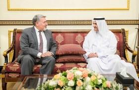 حاكم الفجيرة يستقبل السفير الفرنسي والقنصل الأمريكي