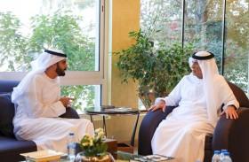 حاكم رأس الخيمة يشيد بجهود الثقافة في التعريف بالهوية الإماراتية وتعزيز مكانتها
