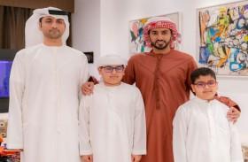 راشد بن حميد يستقبل الطفل سلطان سالم ويشيد بدعمه للمنتخبات الوطنية