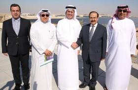 وفد بحريني يطلع على مشاريع ومبادرات «كهرباء ومياه دبي»