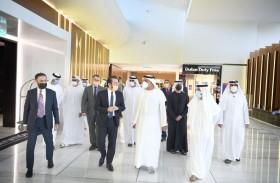 سلطان بن خليفة يزور مبنى الطيران الخاص في مشروع محمد بن راشد للطيران