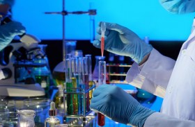 جي 42 الإماراتية و «بي.جي.آي» العالمية تؤسسان مختبرا حديثا بقدرات تشخيص فائقة لمكافحة كوفيد- 19