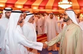 محمد بن راشد يستقبل جموع المهنئين بشهر رمضان